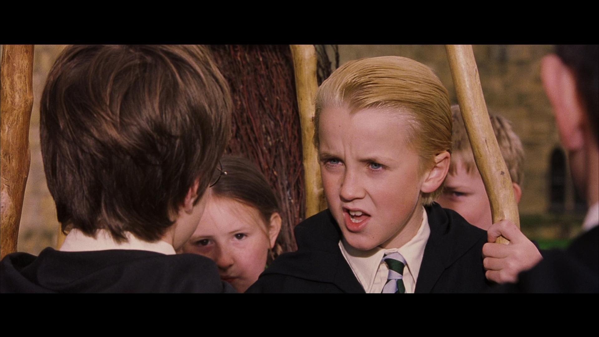Dervideospieler Harry Potter Und Der Stein Der Weisen Harry